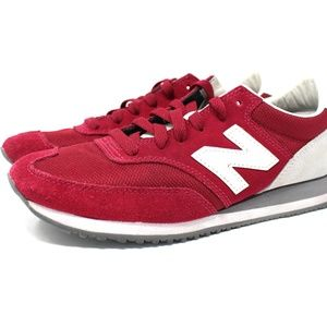 New Balance Womens Size 9 Classic 620 Red
